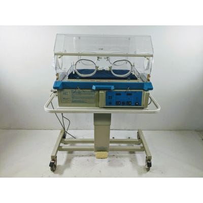 Air-Shields Isolette C100/200-1 | Series 02 | Infant Incubator | VHS68-1