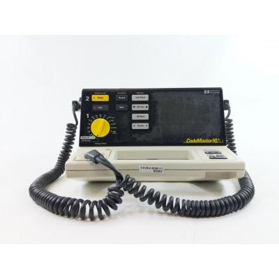Hewlett Packard Codemaster XL+ M1722A Defibrillator w/ Hard Paddles