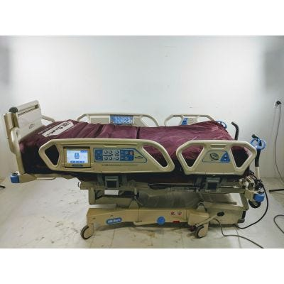 Hill-Rom P1900 N   TotalCare Spo2rt with P500 Blower option   Hospital Bed